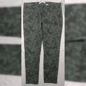 Joe Fresh Slim Camo Jeans SZ 14